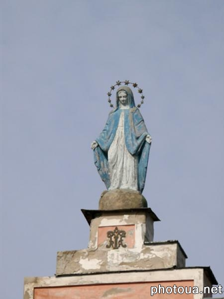Zhitomir Statue of Mother of God on the Roman-Catholic church of Saint Sophia.