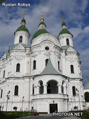 Kozelets. Chernigiv region. The Cathedral of Rogdestva Presvyatoi Bogorodici.